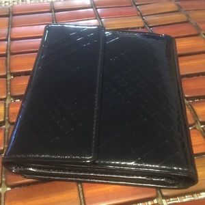 Burberry trifold wallet